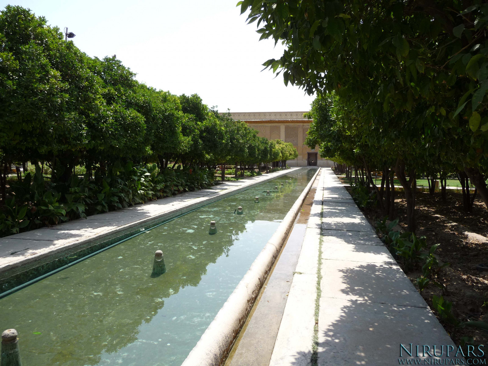 Arg-e Karim Khan - Garden and Fountain