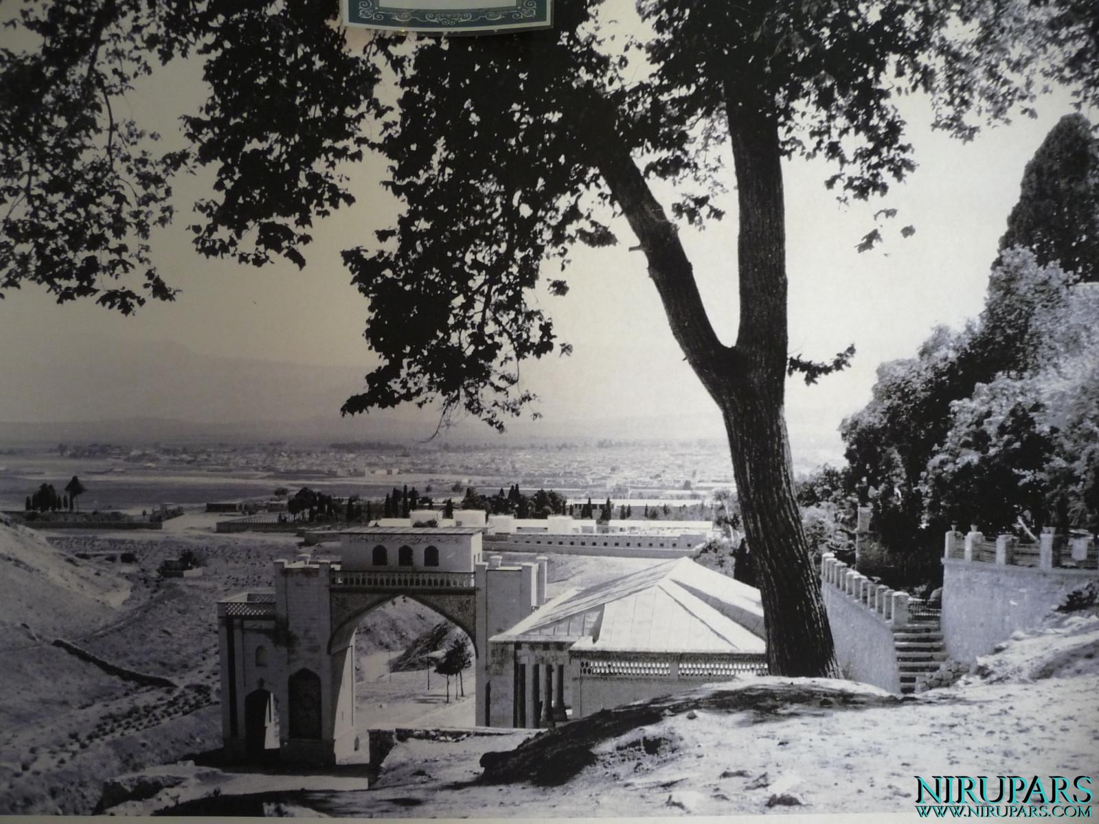 Arg-e Karim Khan - Darvaz-e Qoran