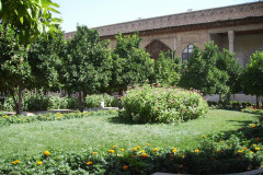 Arg-e Karim Khan - Garden and Flowers
