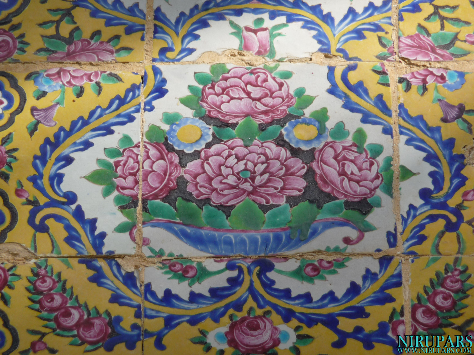 Baq-e Eram - Building - Painting - Flower