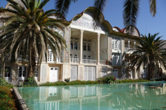 Baq-e Eram - Building