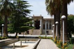 Baq-e Afifabad - Garden - Building