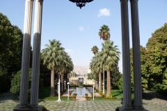 Baq-e Afifabad - Museum - Entrance Garden