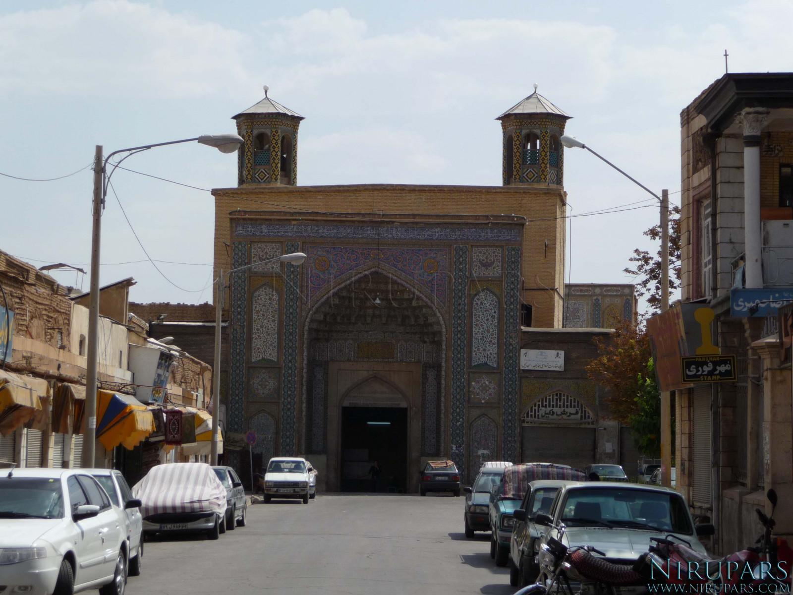 Bazaar Vakil - Vakil Mosque
