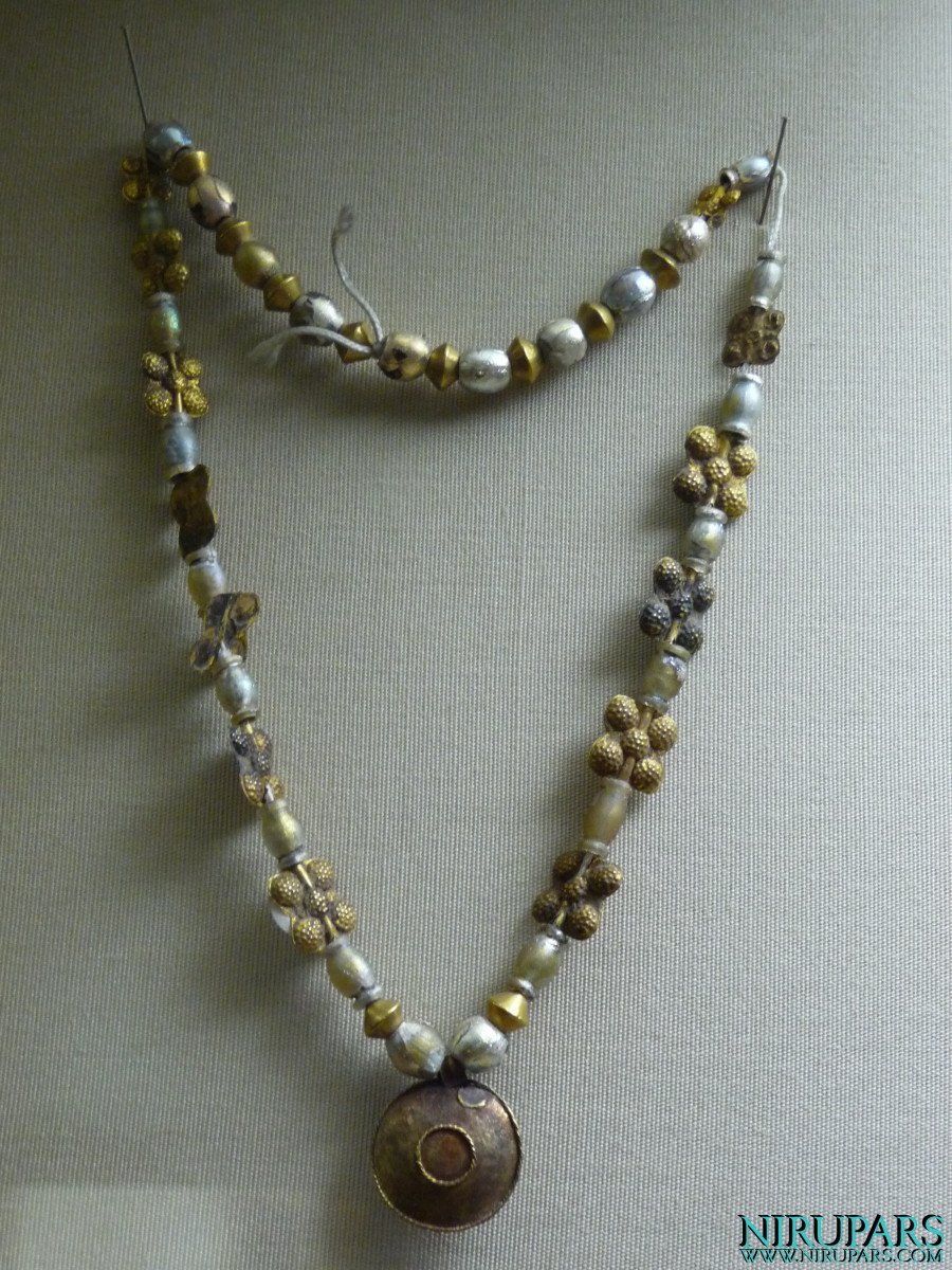 Glassware and Ceramic Museum - Necklace Glass Copper