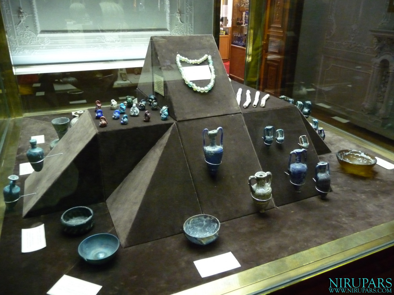 Glassware and Ceramic Museum - Vessels Bowls Glass Ceramic