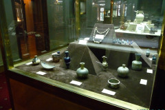Glassware and Ceramic Museum - Vessels