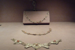 Meydan-e Azadi - Exhibition - Jewelry