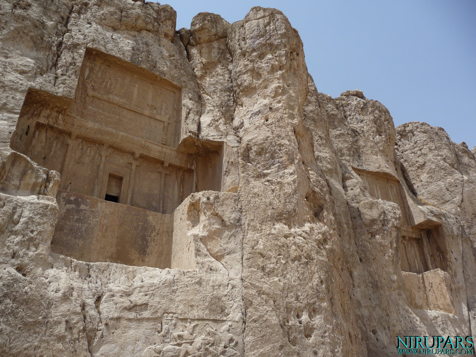 Naqsh-e Rostam - Tombs - Darius II -  Artaxerxes I