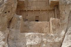 Naqsh-e Rostam - Tomb Artaxerxes I - Relief Hormizd II