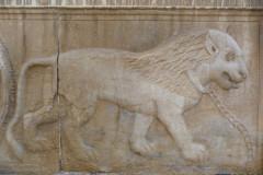 Naranjestan-e Qavam - Relief - Lion