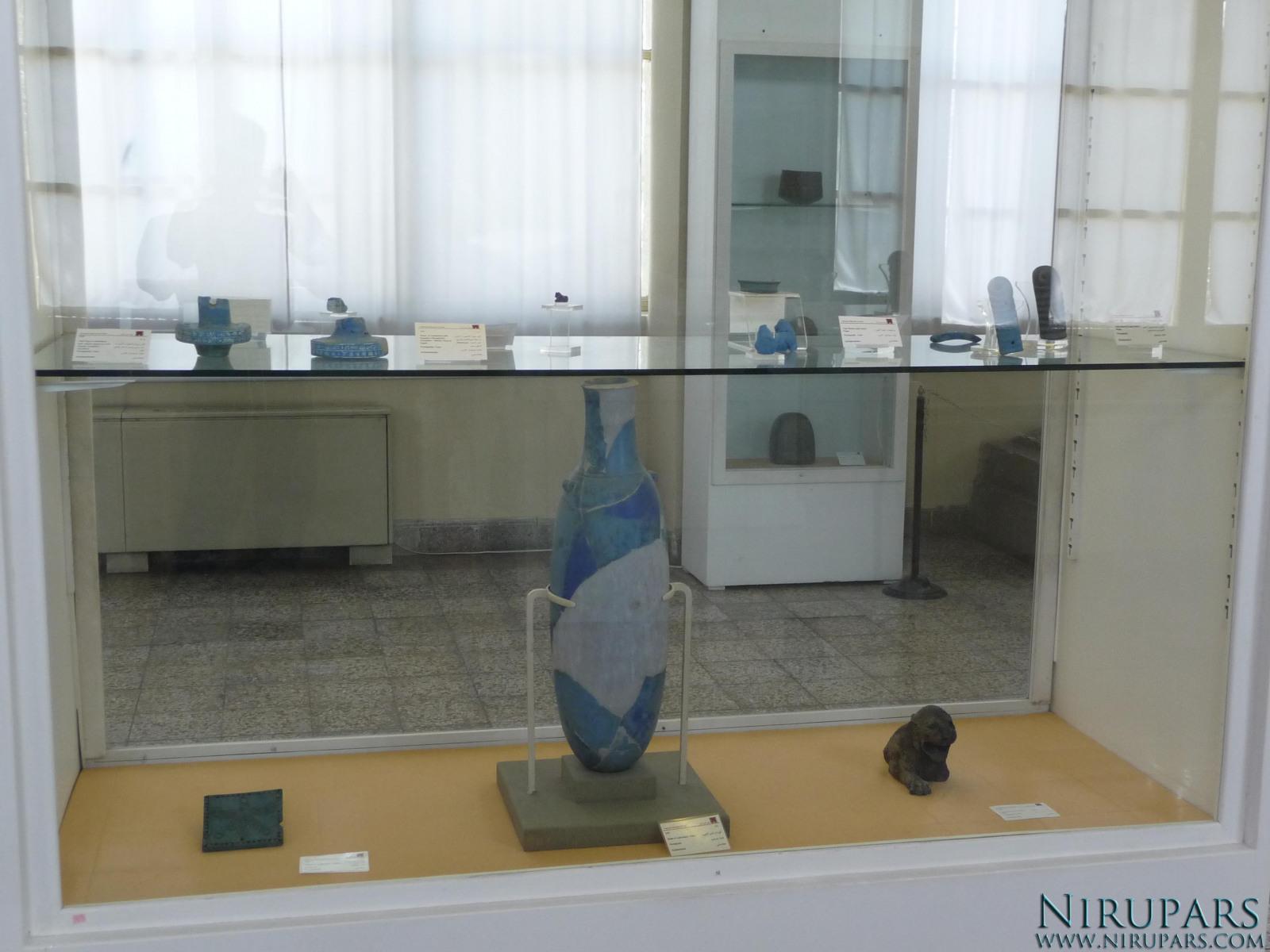National Museum of Iran - Display Window - Lapis-Lazuli - Vessels Item-Fragments