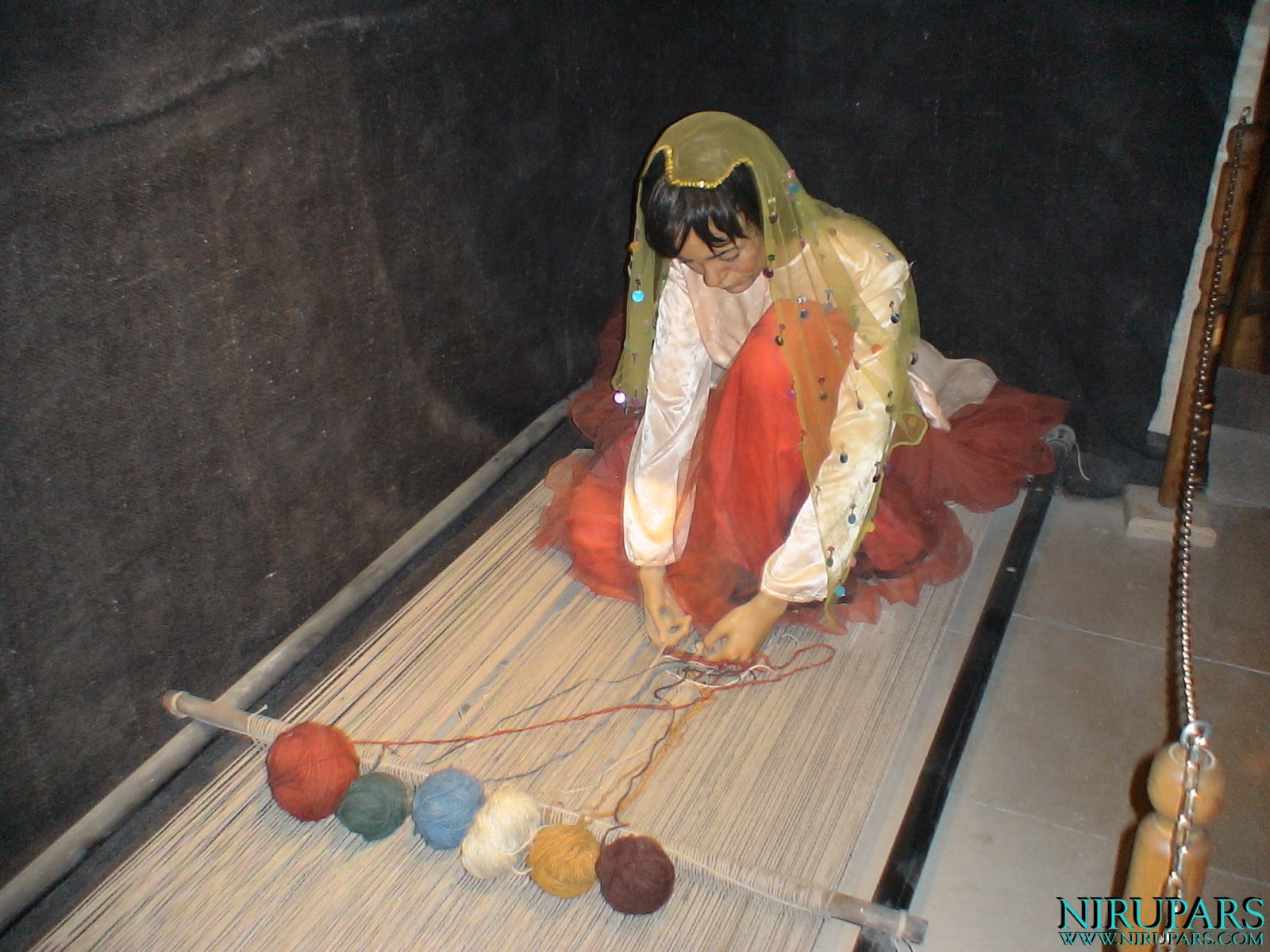 Pars History Museum - Figure - Traditional Woman