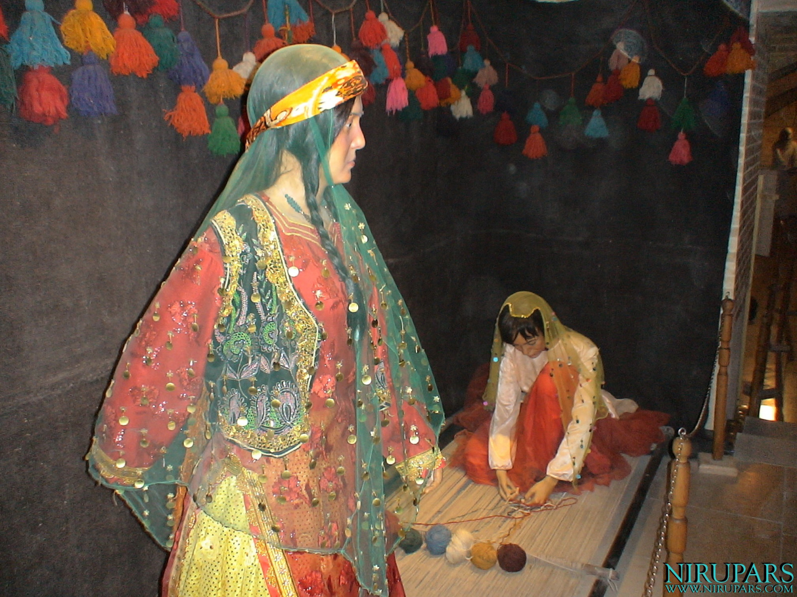 Pars History Museum - Figure - Traditional Women