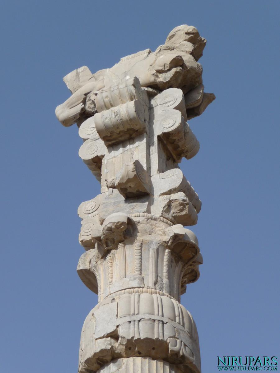 Persepolis - Gate of all Nations - Column