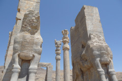 Persepolis_Gate_of_all_Nations_Westside_Bull_Reliefs_4